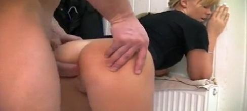 A mi hermana le gusta el sexo anal - Incestos