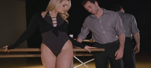 Mia Malkova follando con su profesor de baile - Rubias